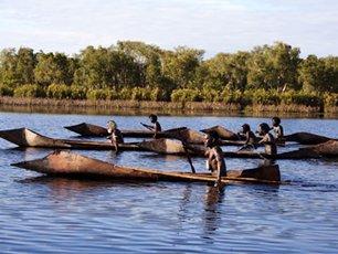 Ten Canoes Xl 03  Film B