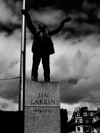 Jim Larkin statue, O'Connell St.